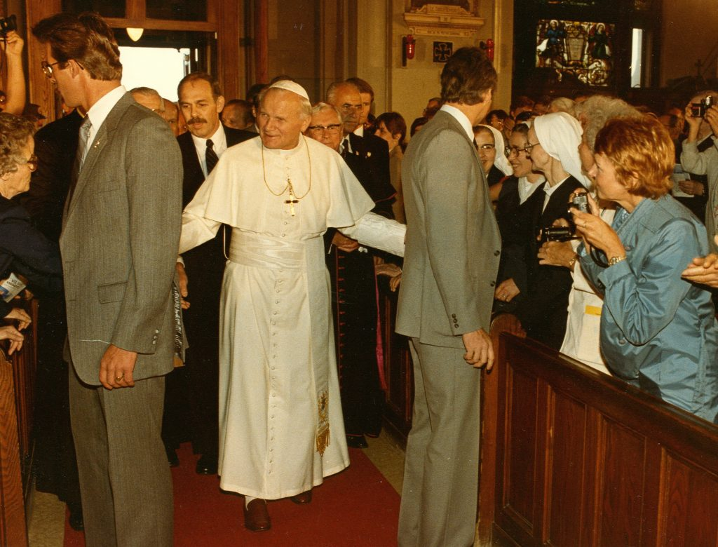 1984 - Pope John Paul II arriving in the Crypt Church.
